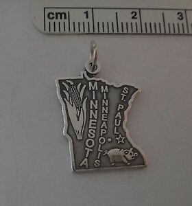 Sterling-Silver-22x17mm-Land-10000-Lakes-Minnesota-State-Charm