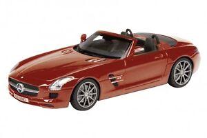 Schuco-1-43-resine-08871-MERCEDES-BENZ-sls-AMG-roadster-a197-rouge