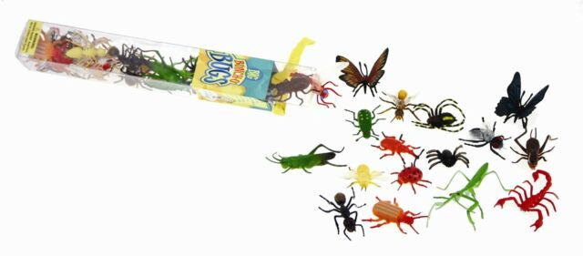 Big Bunch O' Bugs  - 18 plastic insect models - ants, flies, spiders etc!