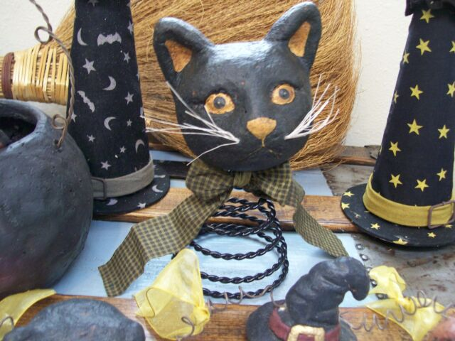 NWT Black Cat Head Rustic Figurine Halloween Decoration