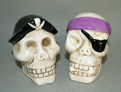 "NEW IN BOX Pirate Skull Salt & Pepper Shakers Ceramic EYE PATCH 3.75"" Halloween"