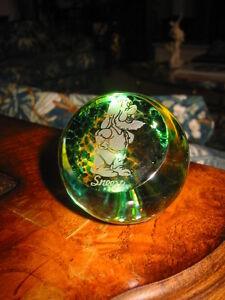SALE-CAITHNESS-Disney-ART-GLASS-PAPERWEIGHT-Dwarf-Sneezy-1-3-4-Scotland