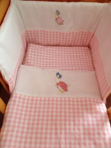 Beautiful Jemima puddleduck  crib cot cotbed bumper quilt set  pink white spot