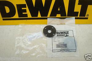 DEWALT-ANGLE-DISC-GRINDER-M14-OUTER-FLANGE-D28113-ETC-622613-02
