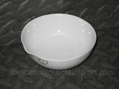 100mm Porcelain Evaporating Basin Dish 175ml spouted Semi Round Bottom Brand New