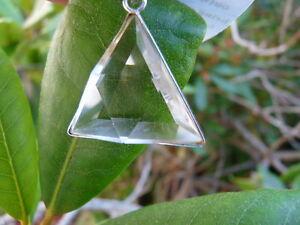 High-Grade-Clear-Quartz-VOGEL-Triangle-Pendant-Quartz-Energy-Gemstone