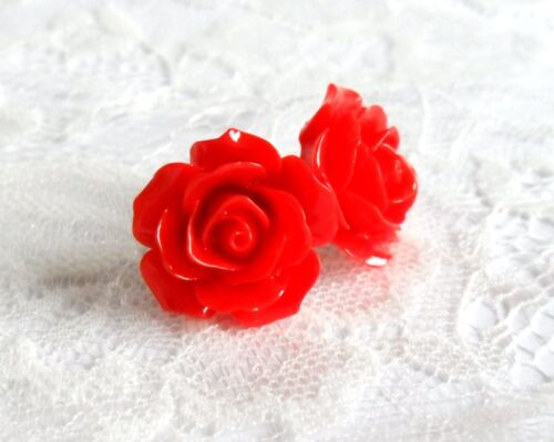 Vintage Rose Flower Earrings, Clip on or Studs, Rockabilly pierced./ non pierced