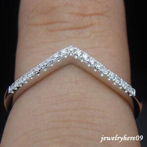 V-Shape-Solid-14K-White-Gold-Wedding-Diamond-Band-Ring