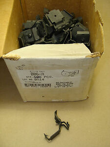 "BOX OF (69) COOPER B-LINE BB6-A ADJUSTABLE BOX TO STUD FASTENER 1/4"" - 3/4"" NEW"