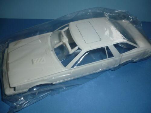 TAMIYA Body Carrosserie 24018 1//24 Nissan Leopard 280X SF-L 2 Door HardtopL