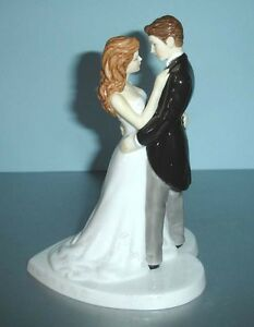 Royal-Doulton-Our-Wedding-Day-Cake-Topper-Couple-Figurine-5037-Pretty-Ladies-New