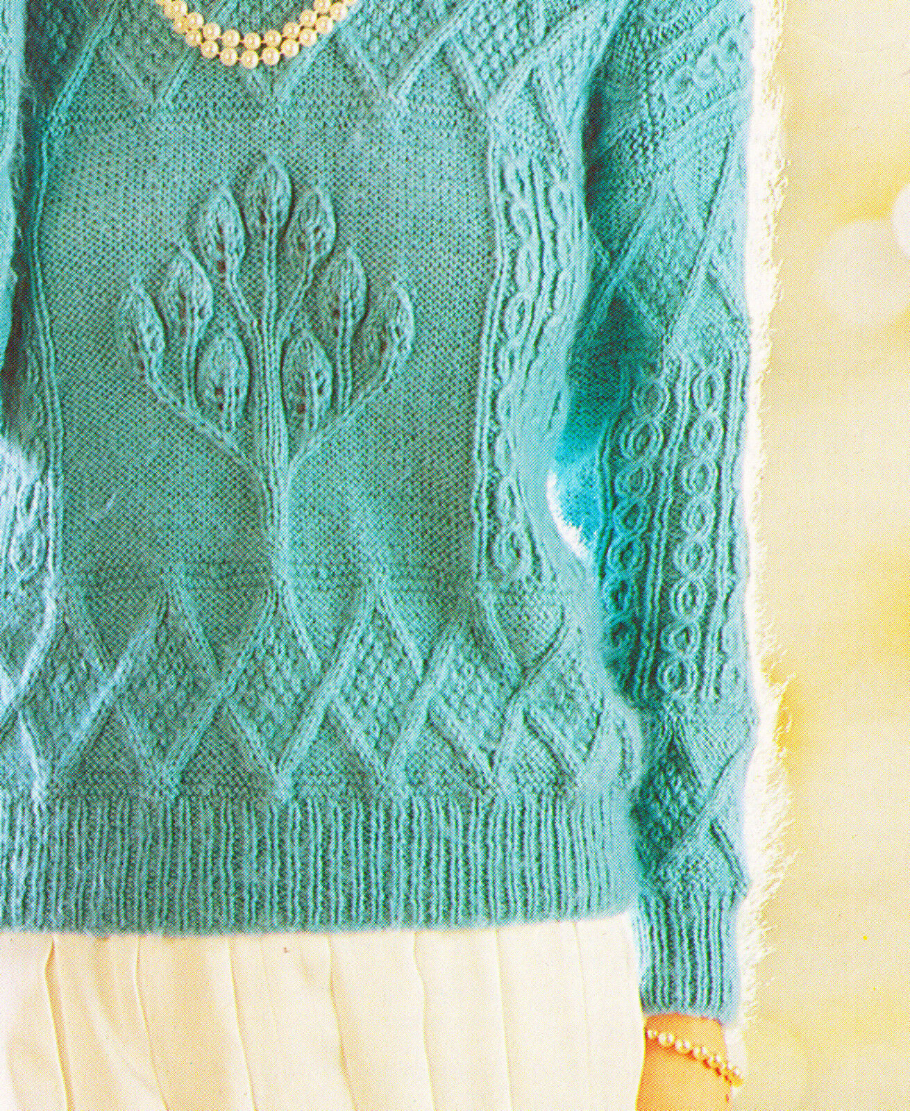 Unusual Aran Style Textured Tulip Tree Sweater Knitting