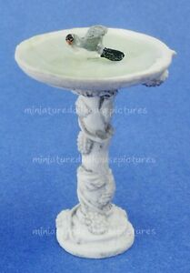 Miniature Dollhouse Gray Birdbath With Bird 1:12 Scale New