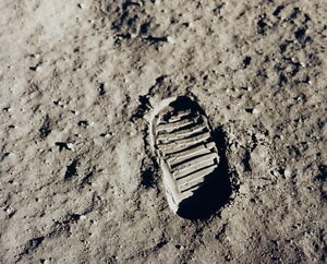 New-8x10-NASA-Photo-Mans-Bootprint-on-the-Moon-Apollo-11-Lunar-Mission
