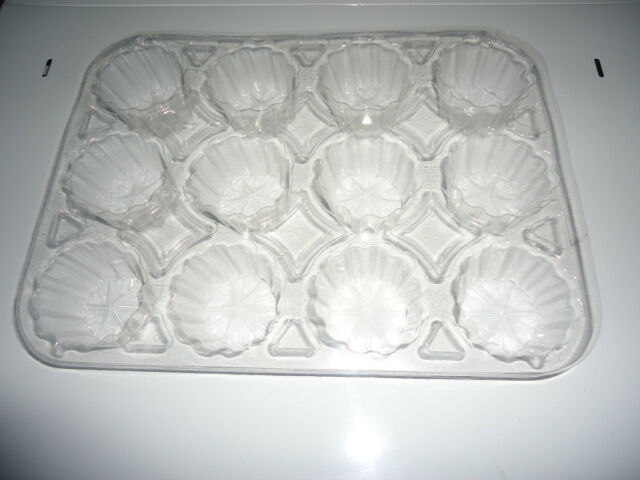 Cheap Disposable Plastic Baking Tray/Pan/Mould/Cup Cake Tin 12 comparment x 10