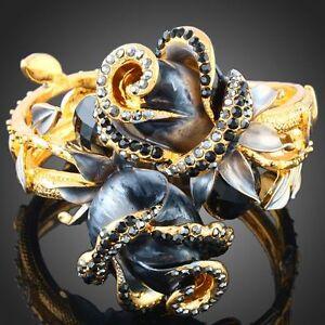 ARINNA-flower-black-vogue-hinged-bangle-Bracelet-Gold-GP-18K-Swarovski-Crystals
