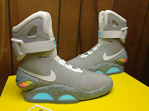 DS-NIKE-AIR-MAG-MCFLY-BACK-TO-THE-FUTURE-SZ-8-SAMPLE-OREGON-TOKYO-YEEZY-EMINEM