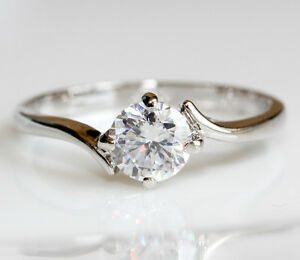 18K-white-gold-plated-swarovski-crystal-engagement-bridal-Ring-R265