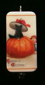 PRECIOUS-KITTEN-IN-PUMPKIN-HALLOWEEN-GREETINGS-VINTAGE-DOMINO-PENDANT