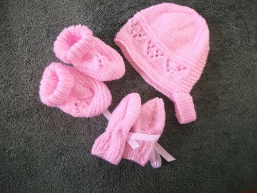 Booties Set 0-3//3-6// 6-9 Months Mitten Brand New Hand Knitted Pink Baby Bonnet