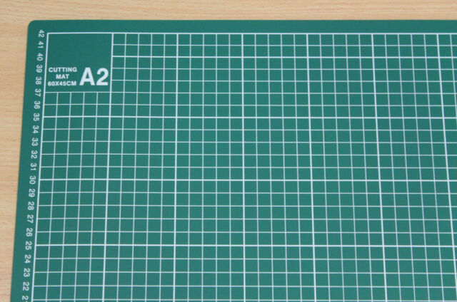 A2 - 5 PLY SELF HEALING CUTTING MAT PLUS QUALITY 45mm OLFA ROTARY CUTTER