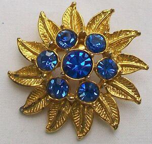 Vintage Blue Glass Faceted Stones Brooch - SURREY, United Kingdom - Vintage Blue Glass Faceted Stones Brooch - SURREY, United Kingdom