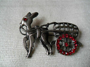 A beautiful fawn and buggy red paste stones pin lapel badgebroochfree ukpampp - <span itemprop=availableAtOrFrom>SUTTON COLDFIELD, West Midlands, United Kingdom</span> - A beautiful fawn and buggy red paste stones pin lapel badgebroochfree ukpampp - SUTTON COLDFIELD, West Midlands, United Kingdom