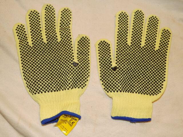 size 7 small heavy duty Kevlar safety gloves cut resistant pvc dots garden work