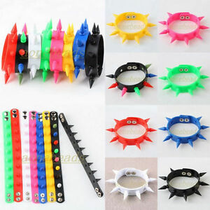 New-Punk-Hiphop-Rivet-Spike-Studs-Silicone-Rubber-Buckle-Cuff-Bracelet-Wristband