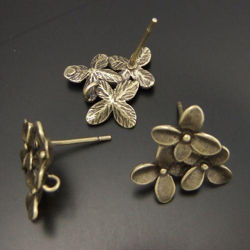*03442 Antiqued Gold Tone Vintage Flower Petal Earring Connector Stud Charm 10pc