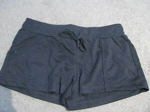 BNEW-LADIES-BLACK-SPORTS-GYM-WALKING-ACTIVE-WEAR-SHORTS-SIZE-10-12
