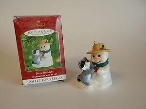 Hallmark-Keepsake-Ornament-2001-Snow-Buddies-4-Apple-Gift-Raccoon-Snowman-IOB