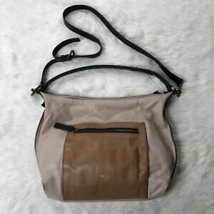 Fossil-Tan-Shoulder-Handbag-Zip-Closure-Pockets