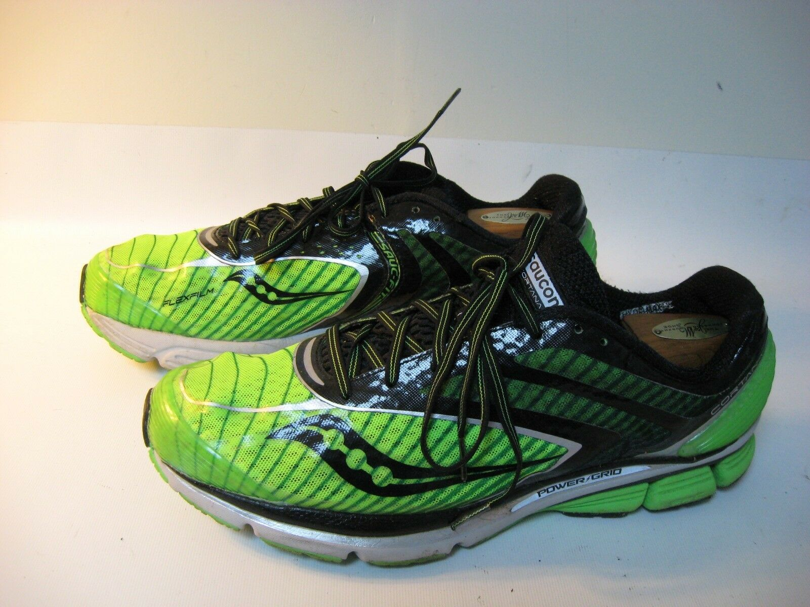 Saucony Running shoes Cortana 3 Men's Green Lightweight - US 11