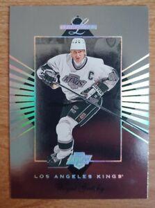 WAYNE-GRETZKY-1994-95-Leaf-Limited-Silver-Holograph-Insert-10-LA-Kings-HOF