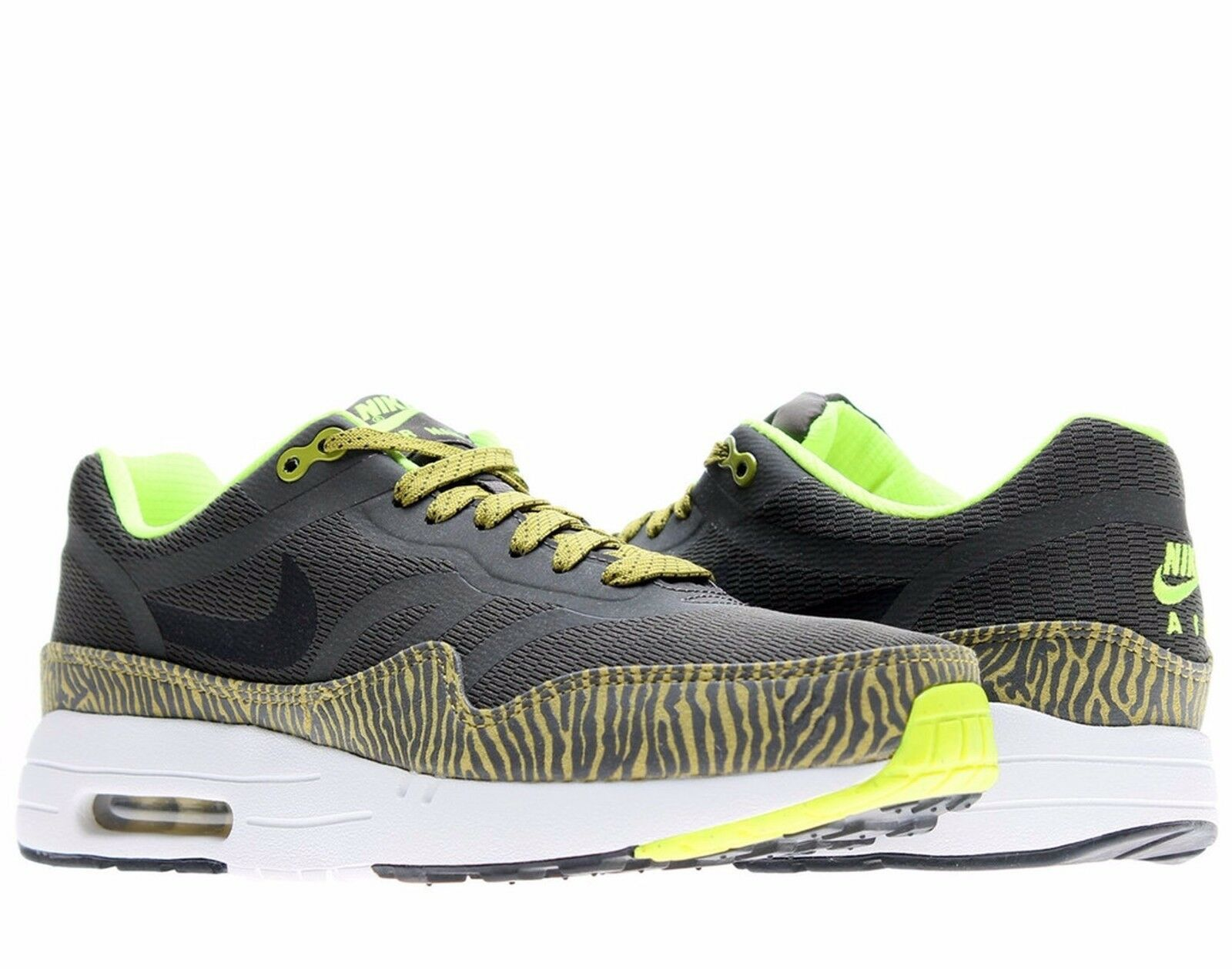 Nike Air Max 1 PRM TAPE Mens Sz 9.5 Black/Parachute Gold 599514-007 best-selling model of the brand