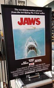 JAWS Luxury Framed POSTER-HUGE 73x53 cm-This looks INCREDIBLE! Antiquitäten & Kunst Steven Spielberg