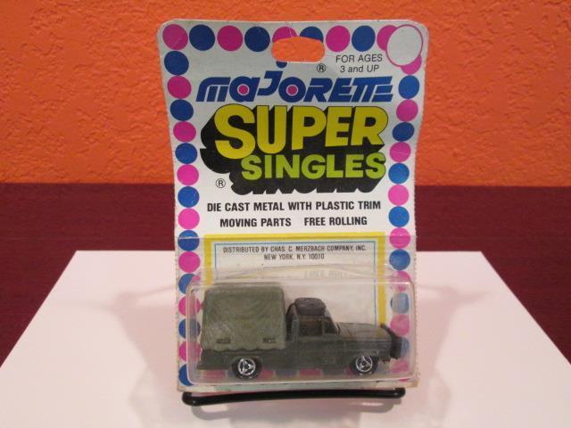 Majorette súper singles Safari Camión Jeep  raros  3 radios rueda verde militar MIP