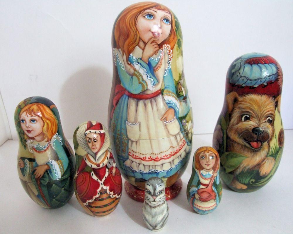 Pintado a Mano One Of Kind Muñecos-caja Rusos   Alice IN Wonderland  por