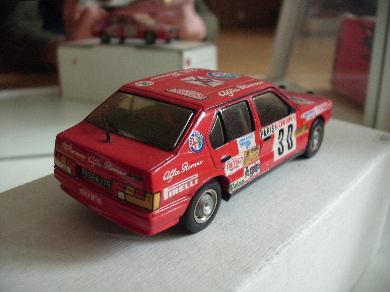 Hand Built Model Alezan Alezan Alezan Alfa Romeo 33 Monte Carlo 1986 in Red on 1 43 + Box a4da10