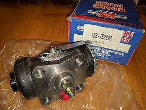 NOS-IBS-JB2803-RIGHT-REAR-F-U-WHEEL-CYLINDER-FITS-DYNA-COASTER-BU32-36-91-HU30