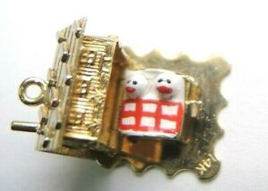 Antique-Vintage-Art-Deco-Newlywed-Couple-House-Warming-Charm-14K-Yellow-Gold