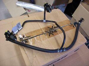 Einspritzduesen-und-Rohren-Benzin-Ducati-1198-Verwendet