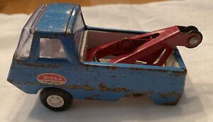 VINTAGE-1970-039-s-TONKA-Pressed-Steel-BLUE-4-1-2-034-MINI-WRECKER-TOW-TRUCK