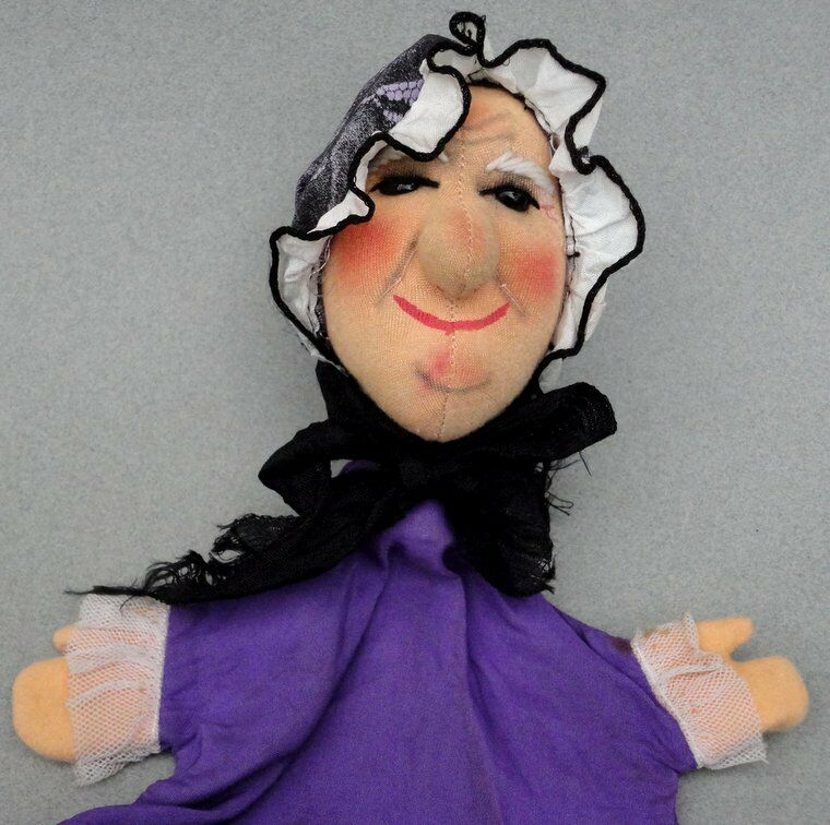 Kersa Grandmother Woman Hand Puppet 1960s Soft Sculpture 28cm 11in no ID Germany