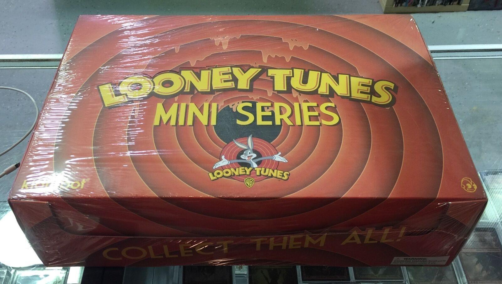 KIDROBOT Looney Tunes blind box display of 20 3  figures NEW SEALED CASE