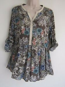 NWOT-Umgee-USA-Roll-up-Sleeve-Lace-Trim-Floral-Boho-Blouse-Top-Size-S