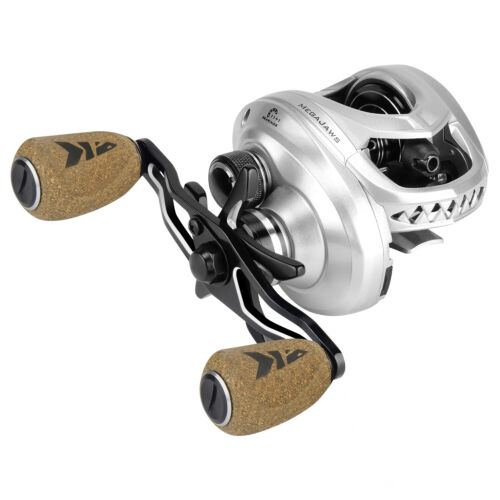 Right KastKing MegaJaws 5.4:1 Gear Ratio 12 BB Smooth Baitcasting Fishing Reel