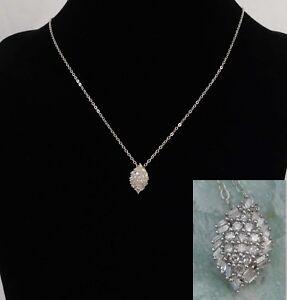 Cluster-Diamond-Pendant-TdiaWt-0-25-cts-Platinum-Silver-20-034-chain-Necklace