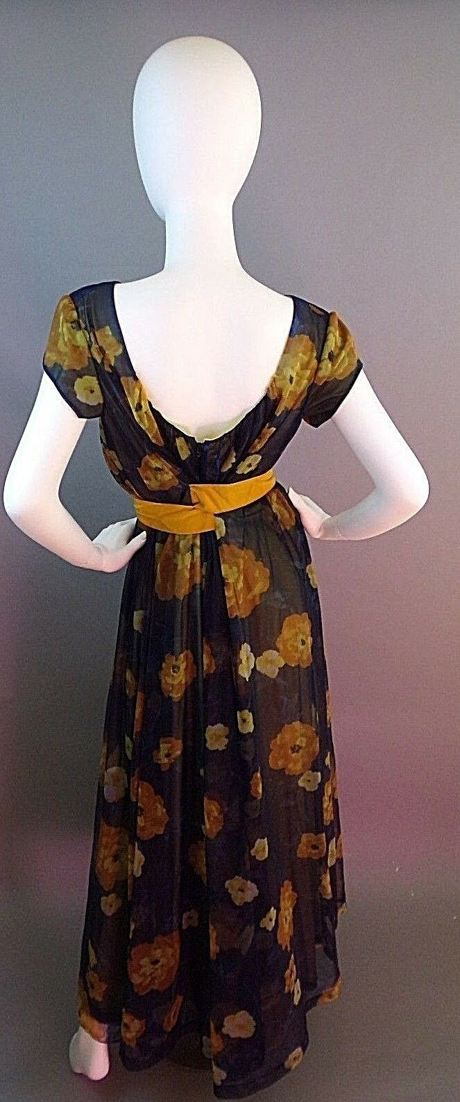 VINTAGE LUCIE ANN BEVERLY HILLS 1950s NIGHTGOWN - image 11